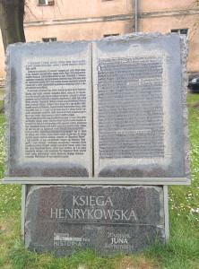 A tak o ta słynna księga wygląda...eee nie no za duża- oryginał jest w Muzeum Archidiecezjalnym we Wrocławiu