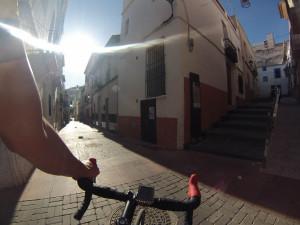 Wąskie uliczki w Calpe
